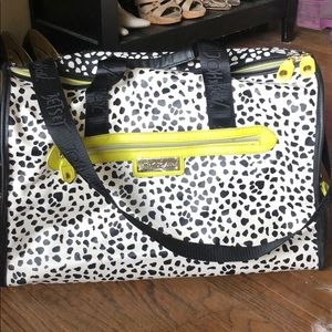 EUC Betsy Johnson overnight bag